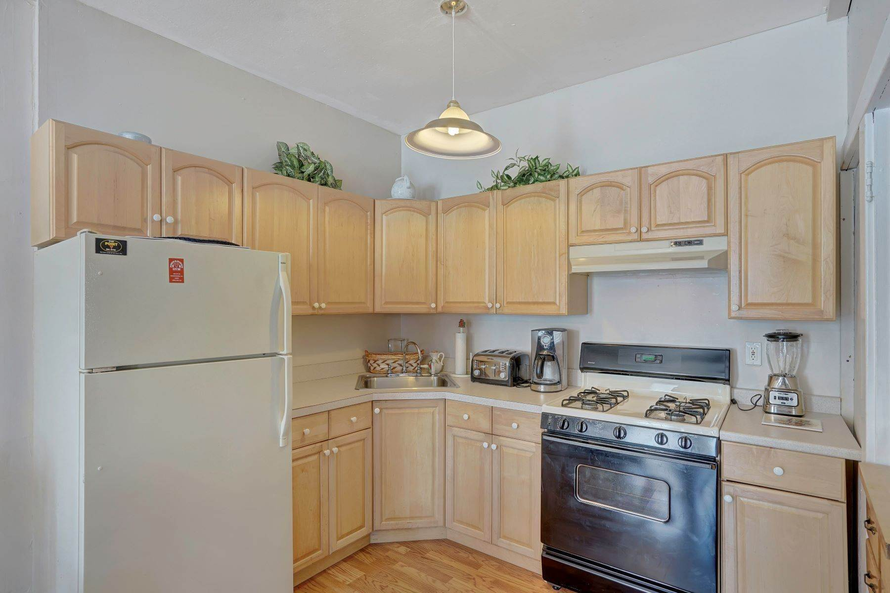 46. Single Family Homes for Sale at Bed and Breakfast in Bradley 204 Third Avenue Bradley Beach, New Jersey 07720 United States