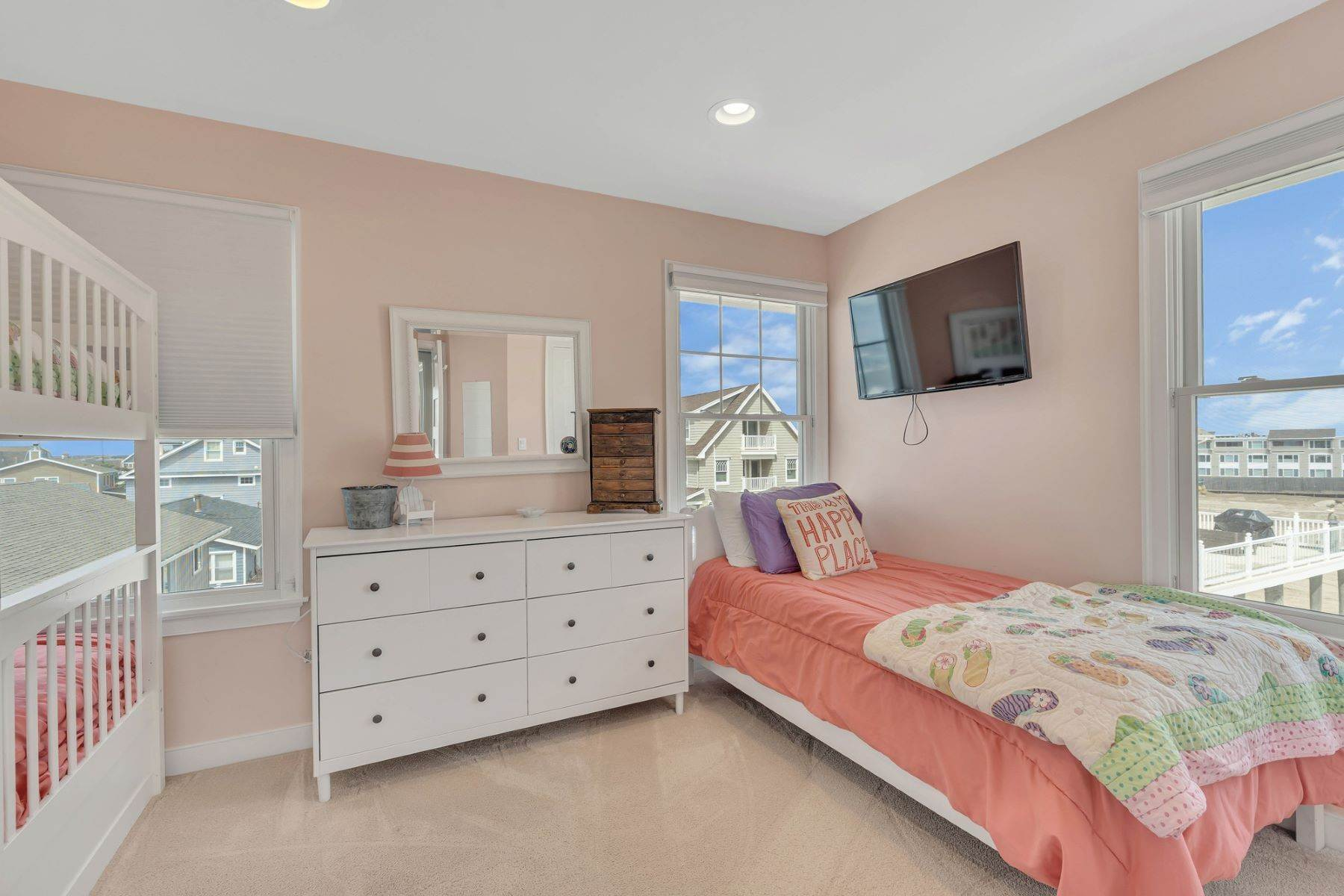 20. Single Family Homes for Sale at Truly Spectacular Oceanfront Home Is Exquisitely Designed 100 Lyndhurst Drive Mantoloking, New Jersey 08738 United States