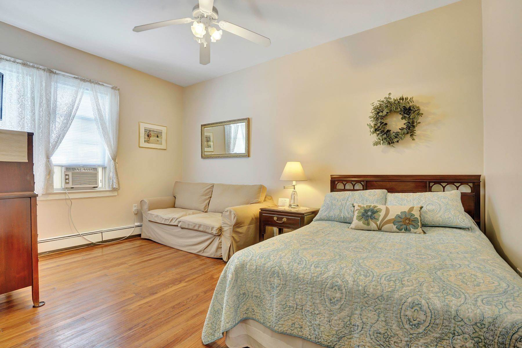 30. Single Family Homes for Sale at Bed and Breakfast in Bradley 204 Third Avenue Bradley Beach, New Jersey 07720 United States