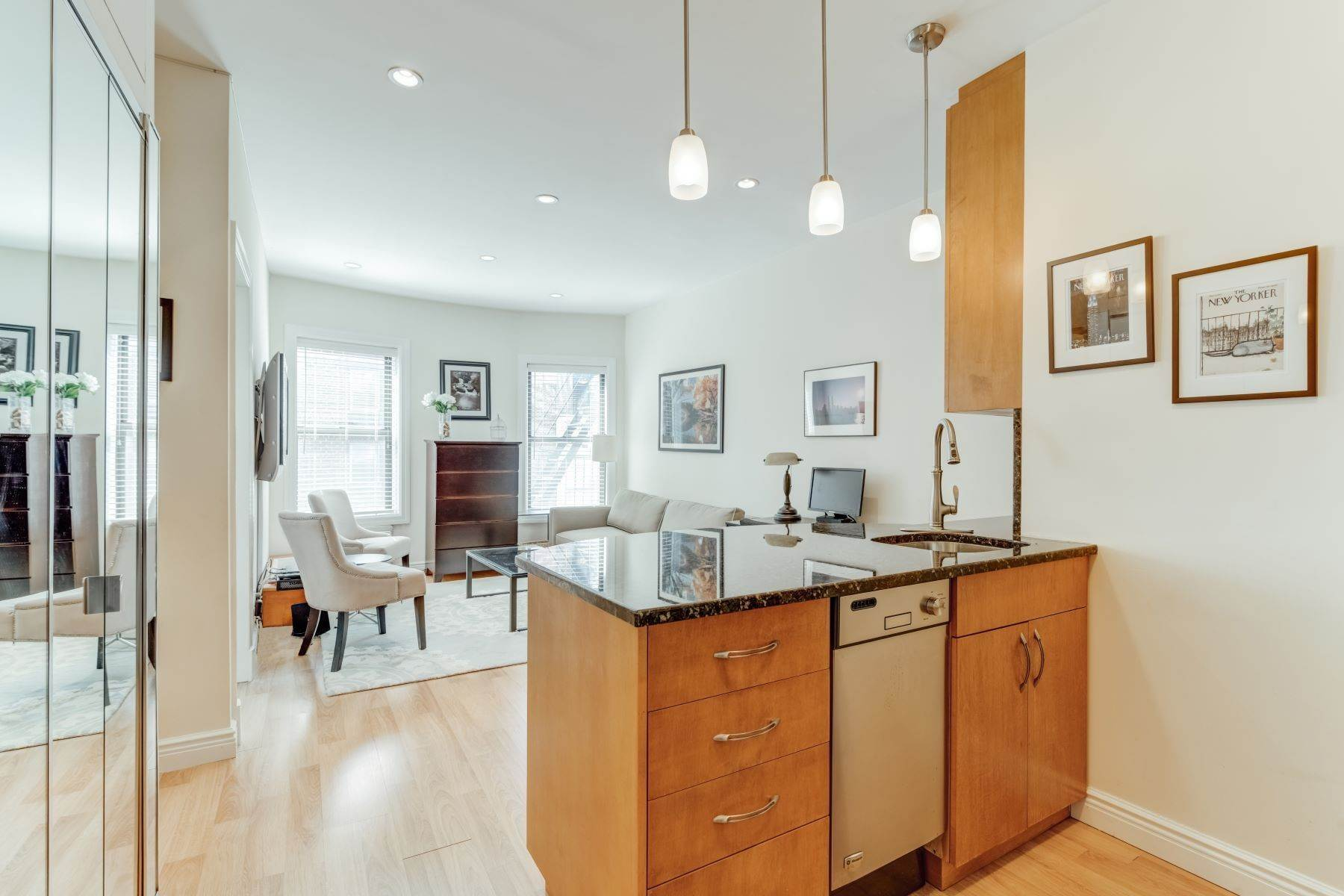 Co-op Properties for Sale at 160 East 91st Street, Apt 7H New York, New York 10128 United States